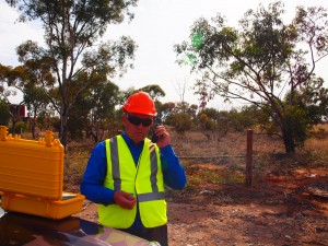 personal GPS tracker remote areas outback Australia, sos emergency button, no telephone towers required